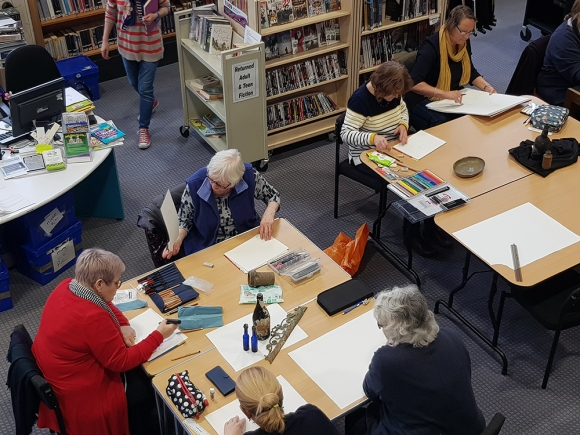 Cowes_library_drawing_group